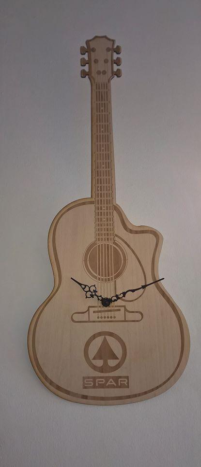 gitarakusztik.jpg