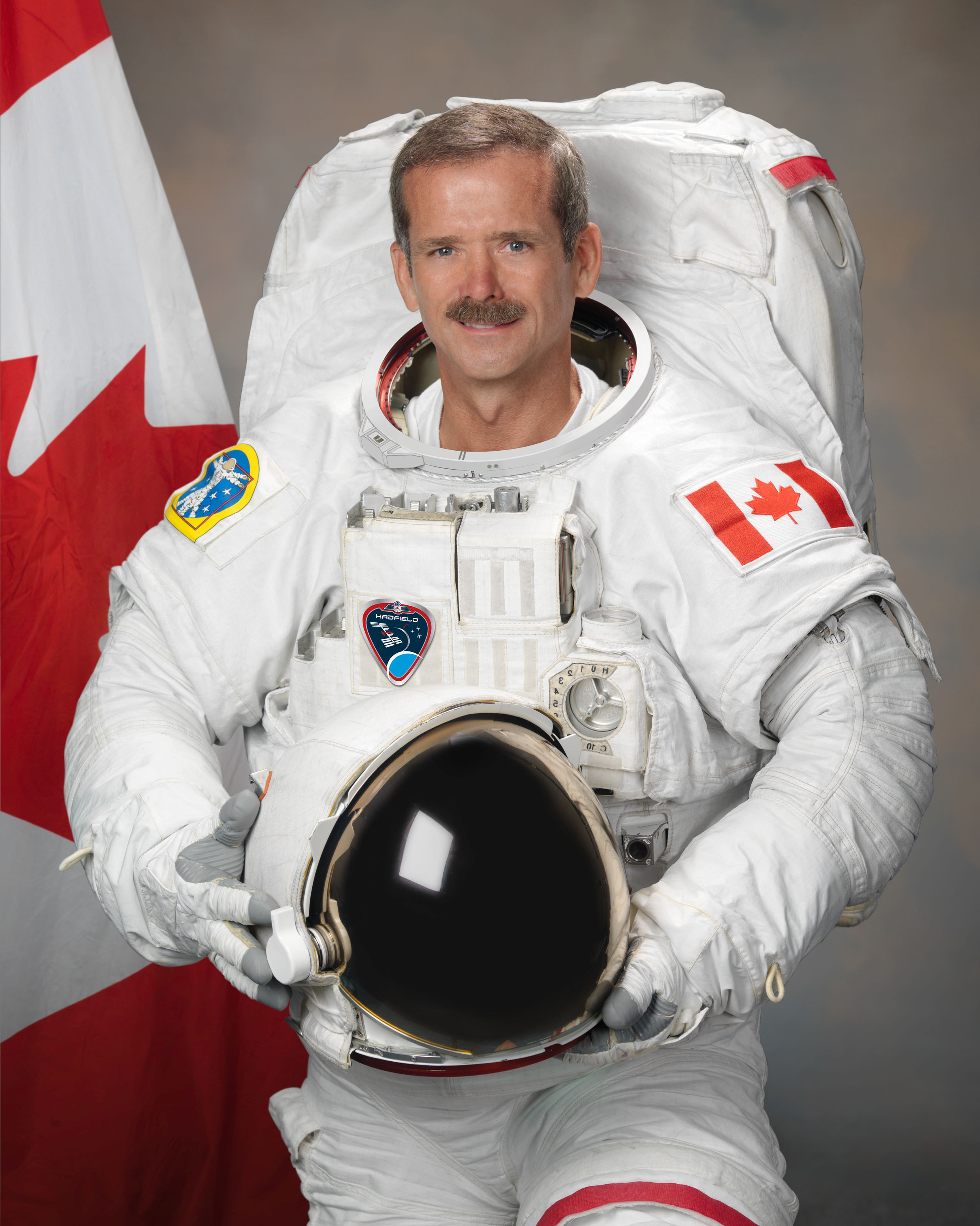 chris_hadfield_2011.jpg