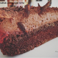 Paleo málnás csokimousse torta