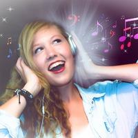 3 oldal, ahol dalszövegekkel fejlesztheted a nyelvtudásodat