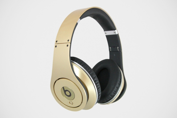 beats-team-usa-gold-medal-headphones-1-620x413.jpg