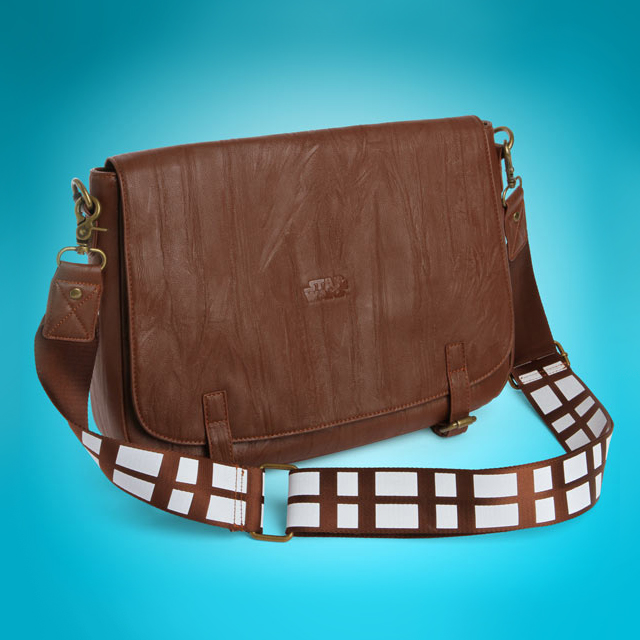 ef32_chewbacca_messenger_bag_alone.jpg