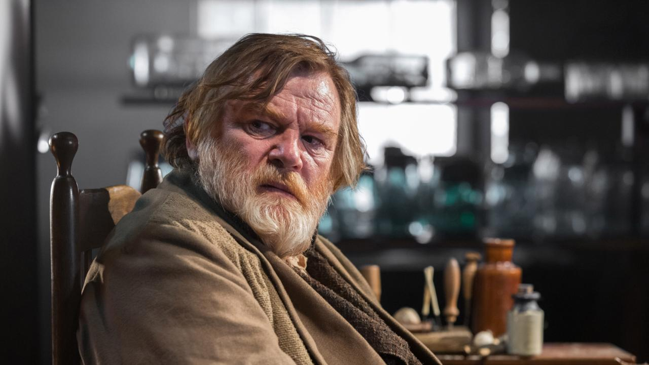 in-the-heart-of-the-sea-brendan-gleeson-xlarge.jpg