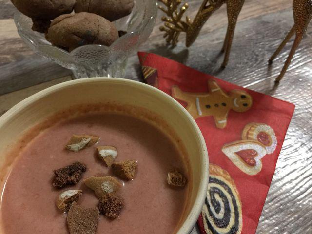 Mézeskalácsos szilvakrémlevessel tartsd meg a karácsonyi hangulatot