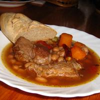 Borjúpofa babbal, zöldségekkel