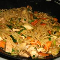 Spárgás-zöldséges csirkemell, spagetti, wokban