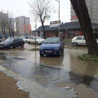 Csőtöréseken folyik el a budapestiek ivóvize