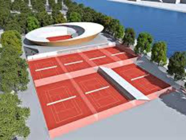 Megfúrták Kucsák teniszstadionját?