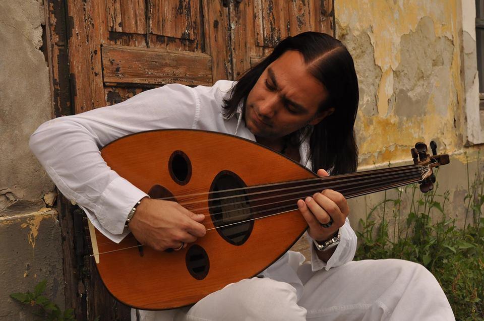 """""""Amerikában, Japánban és az arab világban is a magyar zenét terjesztem"""" – interjú Omar Bashirral"""
