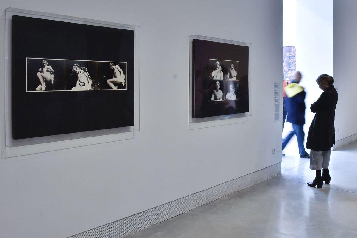 Kiállításrészlet Hajas Tibor műveivel   fotó: Rosta József