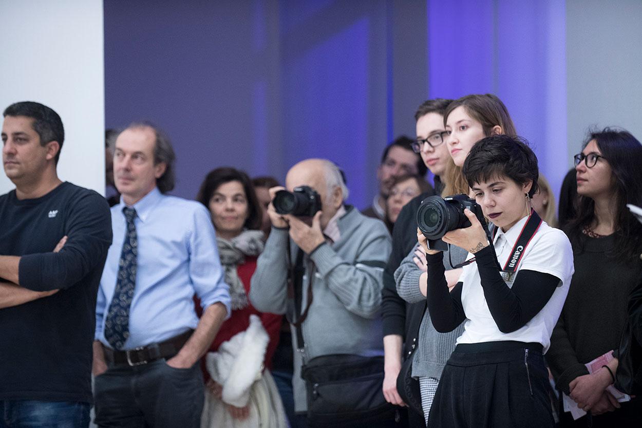 részlet a kiállítás megnyitóról | fotó: Glódi Balázs