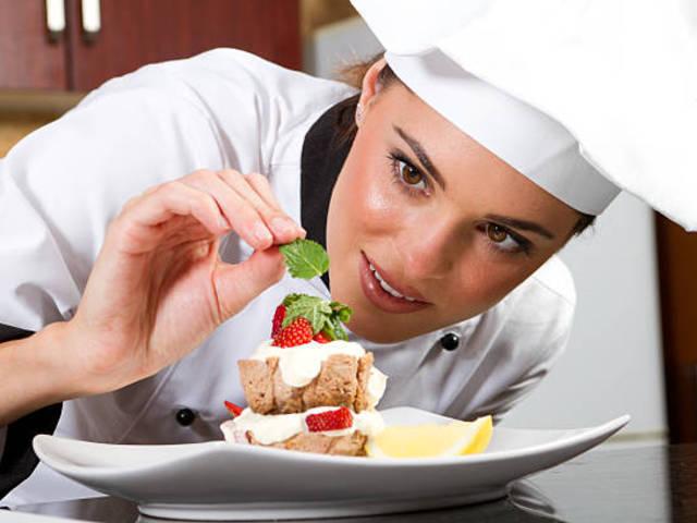 5%-ra csökkent az éttermi ÁFA