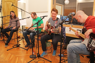 """s(o)unday sessions: 30Y - """"a dal az ügy, aminek mind a négyen a részesei vagyunk"""""""