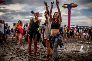 10 dolog, amiért jó hűvösebb időben fesztiválozni