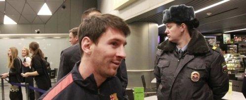 Leo-Messi-a-su-llegada-a-Moscu.jpg