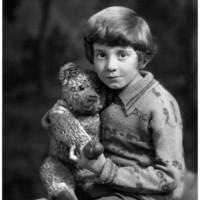 Gyerekekről készült 9 világhírű fotó története (1860-2014)