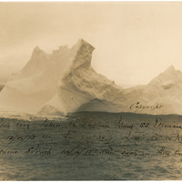 A Titanicot elsüllyesztő jéghegy fotói (1912)