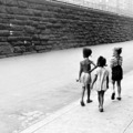 A HÉT FOTÓSA – Helen Levitt: Válogatás New York krónikásának fekete-fehér és színes képeiből