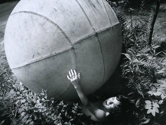 Az álomgyűjtő - Arthur Tress képei a gyerekkori rémálmokról
