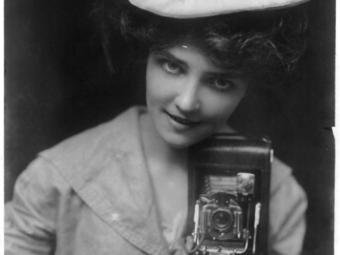 Kodak Girl (1893)