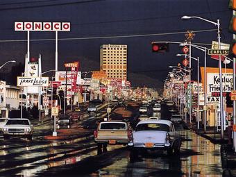 Ernst Haas, akinek színes képeiből elsőként rendeztek önálló kiállítást (MoMA, 1962. augusztus 21 - október 8.)