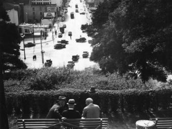 Ansel Adams – Los Angeles (1940)