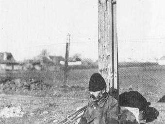 A mi életünkből (1932) - Egy betiltott fotókiállítás képei és története