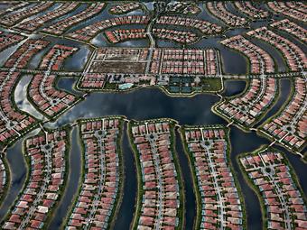 Edward Burtynsky lenyűgöző légifelvételei a víz formálta tájról