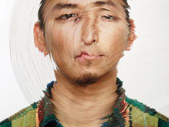 Kézzel faragott különleges arcképek - Nerhol: Misunderstanding Focus (2012)