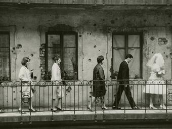 A World Press Photo első magyar fődíjasa: Fejes László: Esküvő (1965)