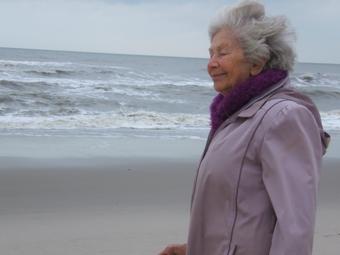 102 éves Ata Kandó, a legidősebb magyar fotóművész