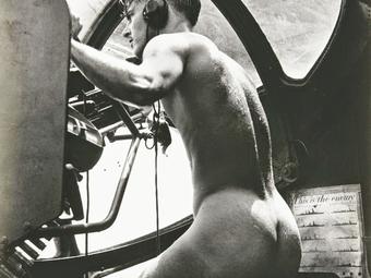 Horace Bristol: A meztelen katona (1944)