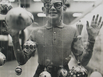 Richard Avedon: Christmas Boy, 1965
