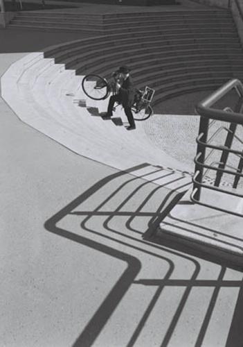 Fotó: Stanko Abadžić: A lépcsőn felfelé, 2002 © Stanko Abadžić