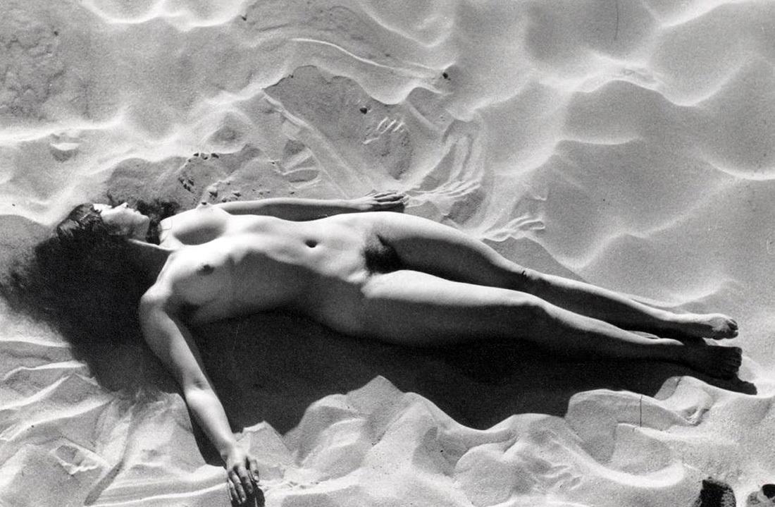 Fotó: Edouard Boubat: Részlet a Femmes sorozatból, Franciaország, 1967 © Edouard Boubat