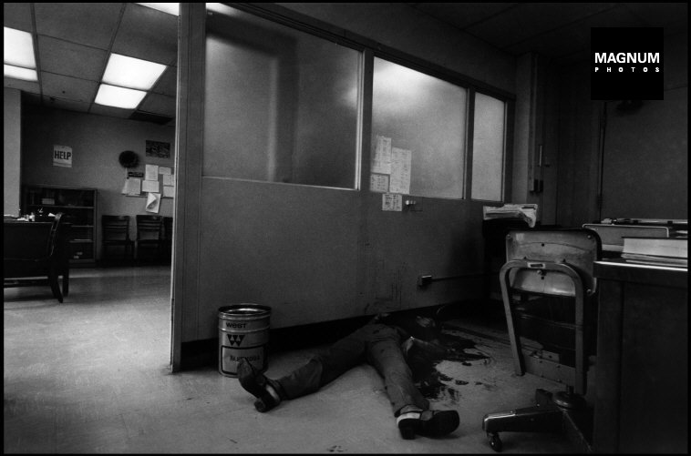 Fotó: Leonard Freed: Részlet a Police Work című sorozatból, New York City. 1972 © Leonard Freed/Magnum Photos