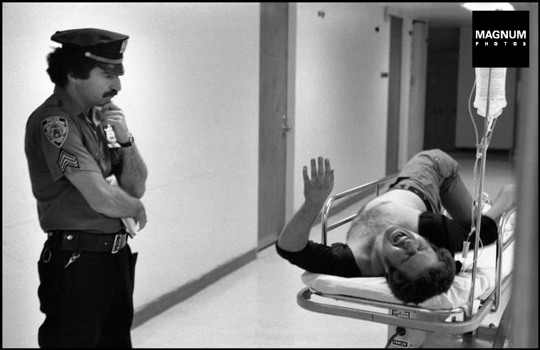 Fotó: Leonard Freed: Részlet a Police Work című sorozatból, New York City. 1978 © Leonard Freed/Magnum Photos