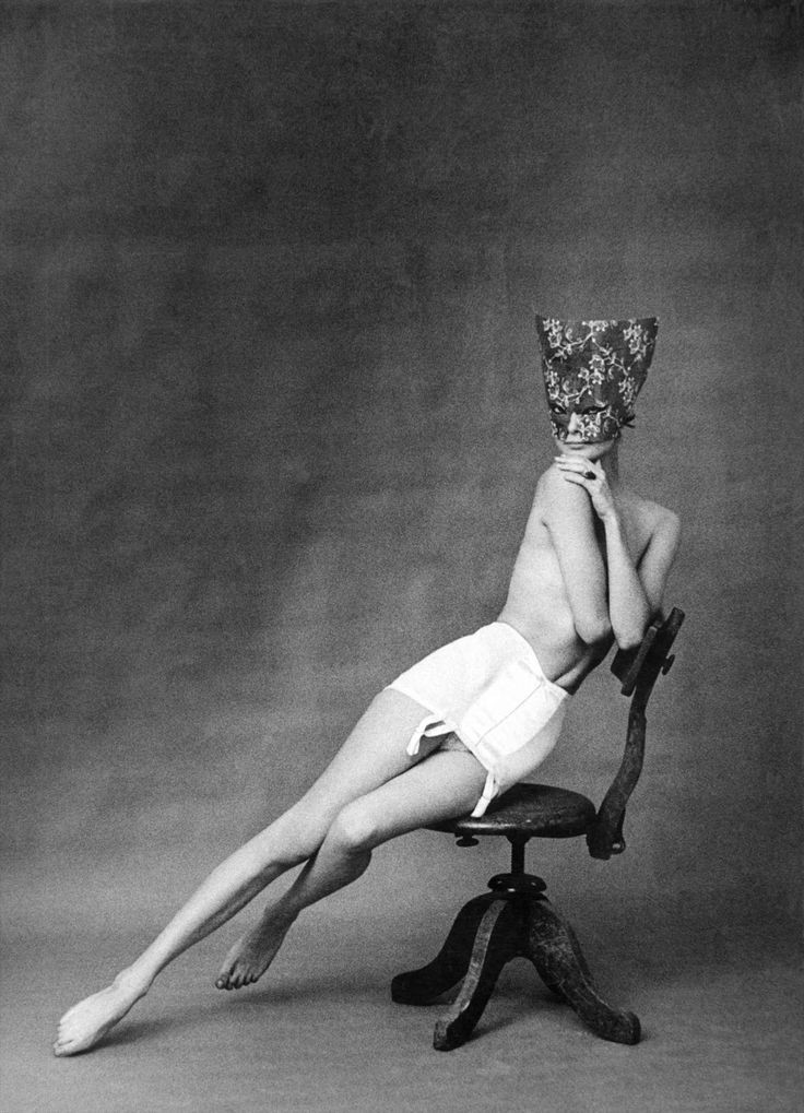 Fotó: Frank Horvat: Lingerie Chantelle, 1958 © Frank Horvat