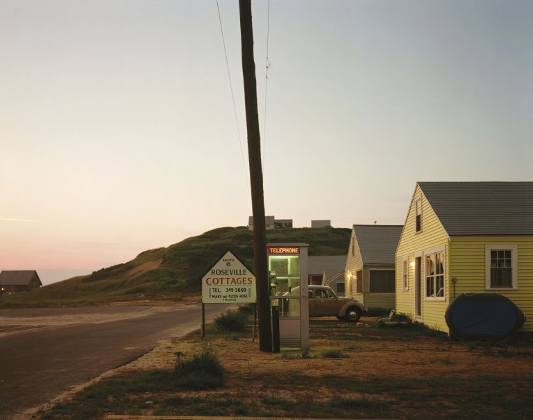 Fotó: Joel Meyerowitz: Roseville Cottages, Truro, Massachusetts, 1976 © Joel Meyerowitz