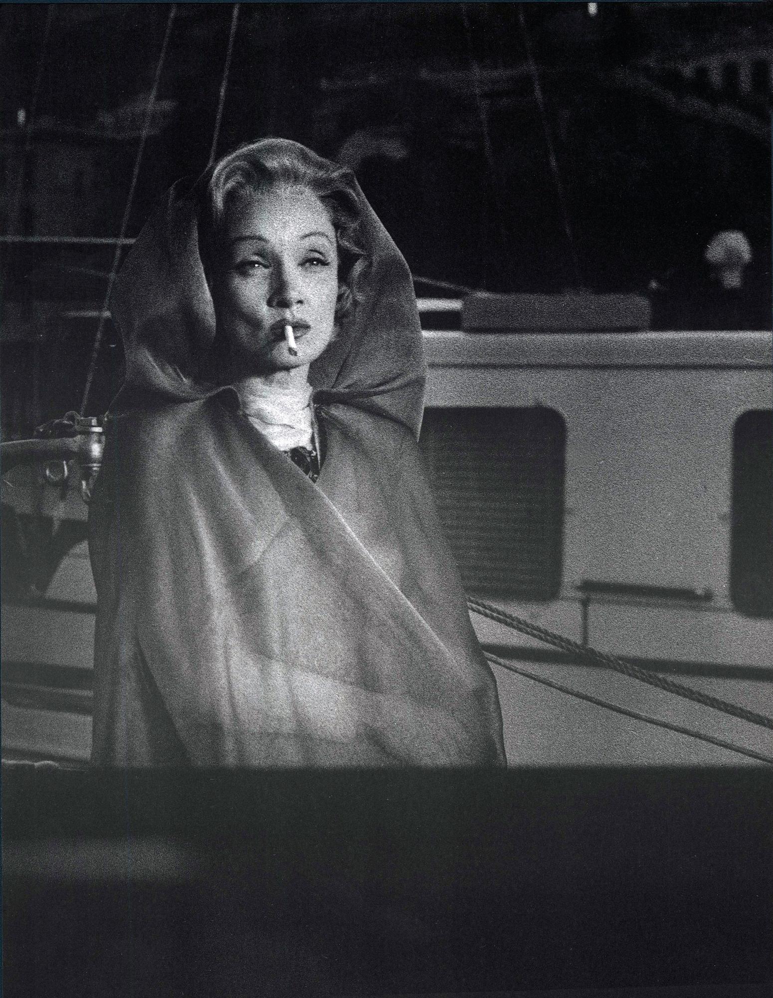 Fotó: Mario de Biasi: Marlene Dietrich, Monte-Carlo, 1956 © Mario de Biasi/Mondadori Portfolio