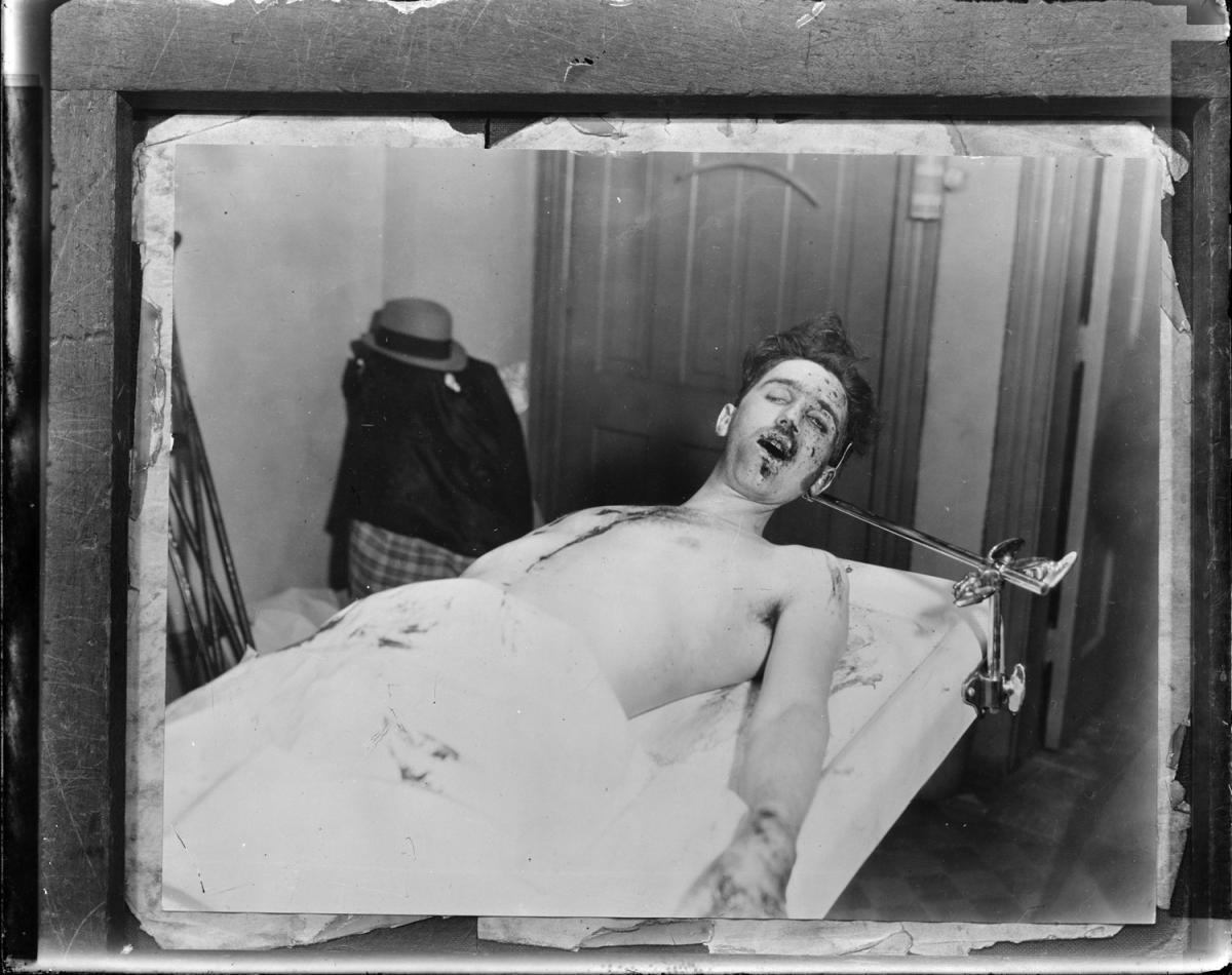 Fotó: Leslie Jones: John Dillinger teste, Boston © Boston Public Library / Leslie Jones Collection
