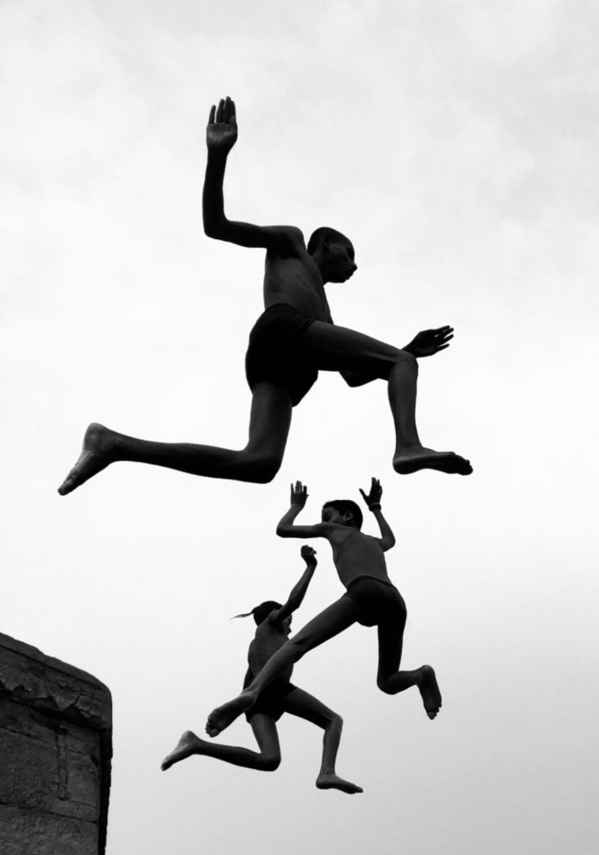flying-boys.jpg