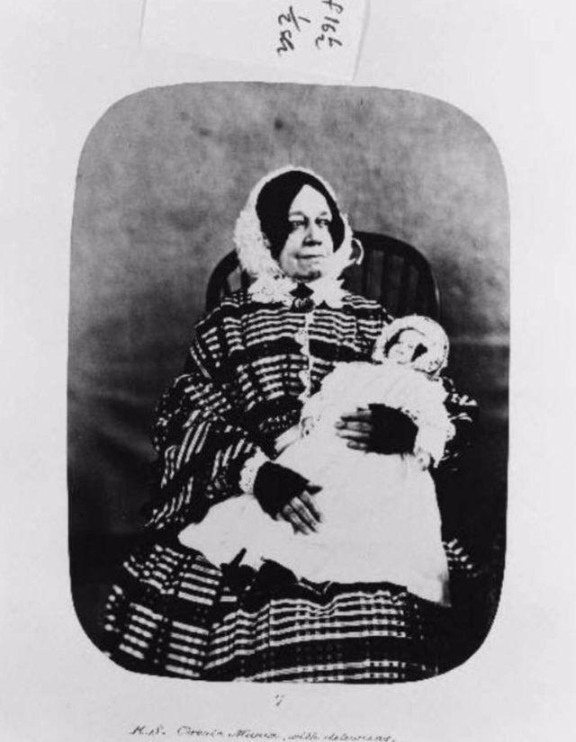 Fotó: Henry Hering:  Esther Hannah Still, 1858-ben utalták be, diagnózis: krónikus mánia és téveszmék © Bethlem Art and History Collections Trust