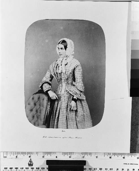 Fotó: Henry Hering: Eliza Camplin, 1857 októberében hazaengedték, mivel hetek óta 'jól és racionálisan' viselkedett © Bethlem Art and History Collections Trust