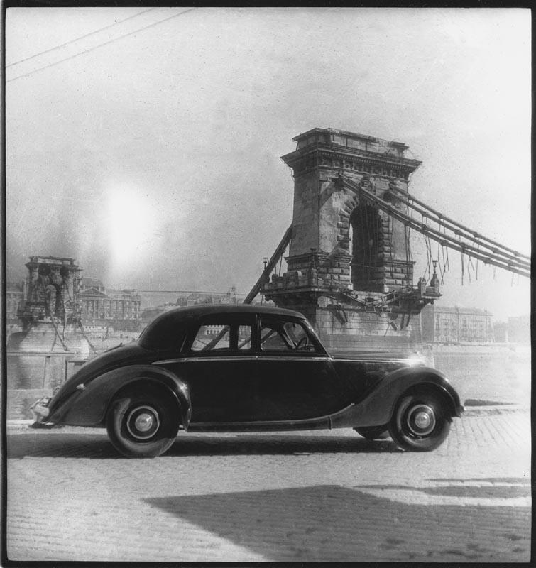 Fotó: Pécsi József: Romok Budapesten, 1946. © Magyar Fotográfiai Múzeum