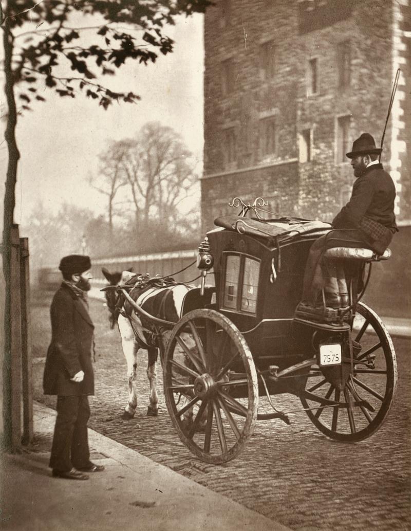 Fotó: John Thomson: Lovas Taxi, London, 1877 © Hulton Archive/Getty Images