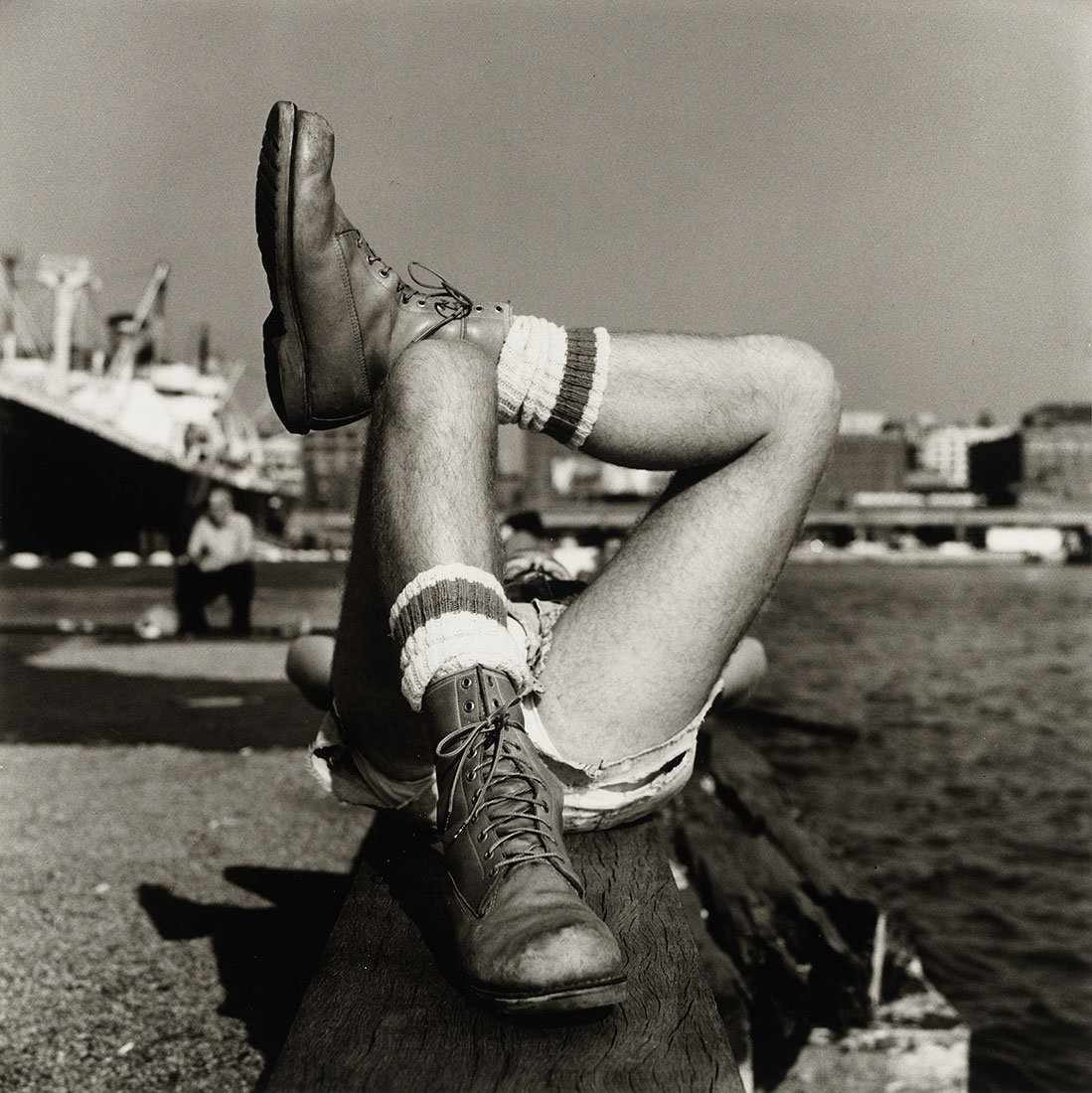 Christopher Street Pier (2)<br />1976<br />Peter Hujar<br />Tirage gélatino-argentique, The Morgan Library & Museum, achat en 2013 grâce au Charina Endowment Fund<br />© Peter Hujar Archive, LLC, courtesy Pace/MacGill Gallery, New York and Fraenkel Gallery, San Francisco