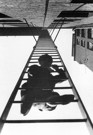 Fotó: © Alexander Rodchenko<br />Fire Escape<br />1925