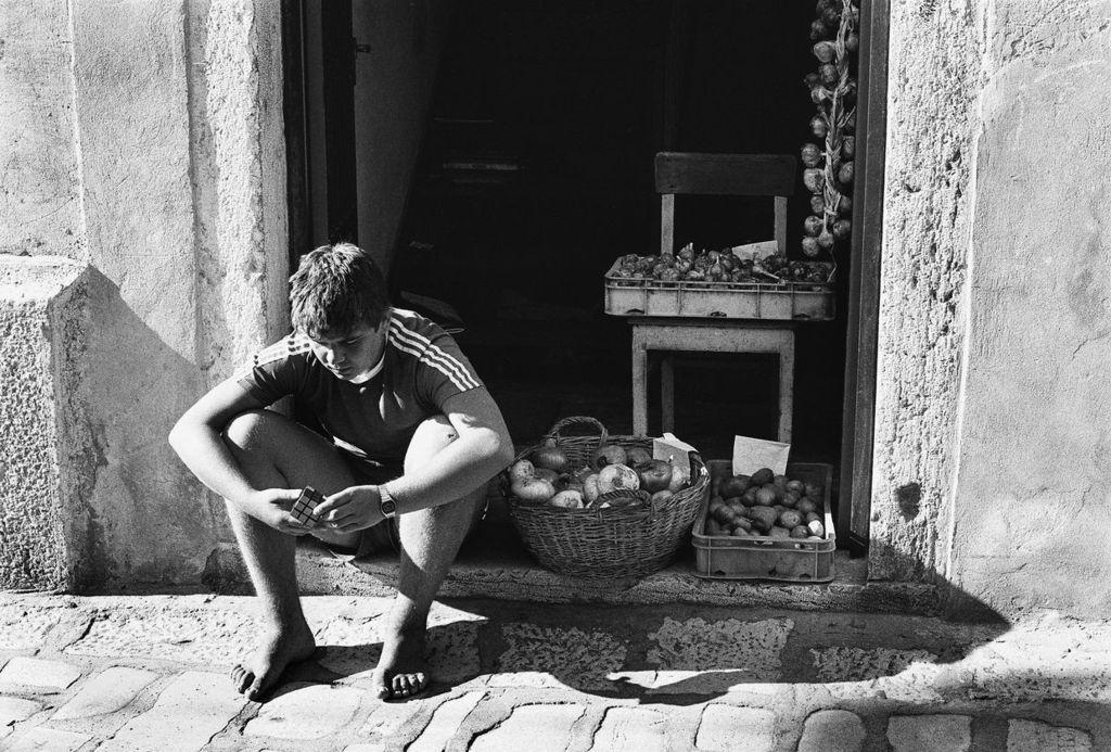 Fotó: Lazukics Anna: Rubik-kocka, Rovinj, 1984