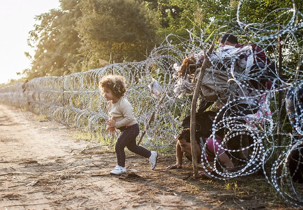 Fotó: Ujvári Sándor: Részlet a Menekültek című sorozatból, 2011-2015
